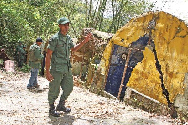 En mayo de 2004 fue desmantelado éste campamento paramilitar en Venezuela