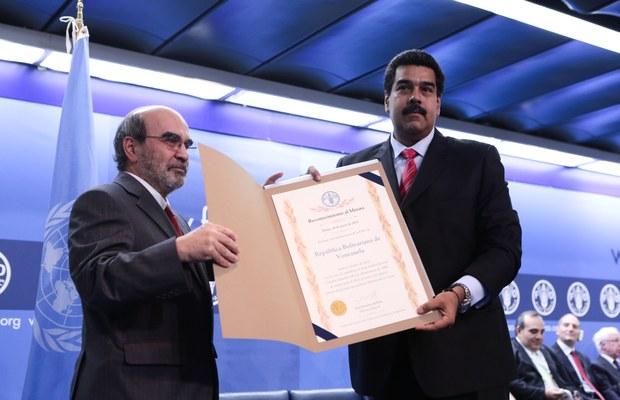 Presidente Nicolás Maduro creciendo recocimiento de la FAO 2013