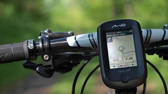 El GPS o sistema de posicionamiento global, permite determinar en todo el mundo la posición de un objeto, una persona o un vehículo.