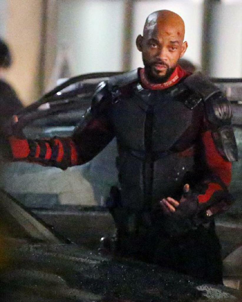 """Por otra parte, Will Smith, que interpreta a """"Deadshot"""", recibió una caja de balas."""