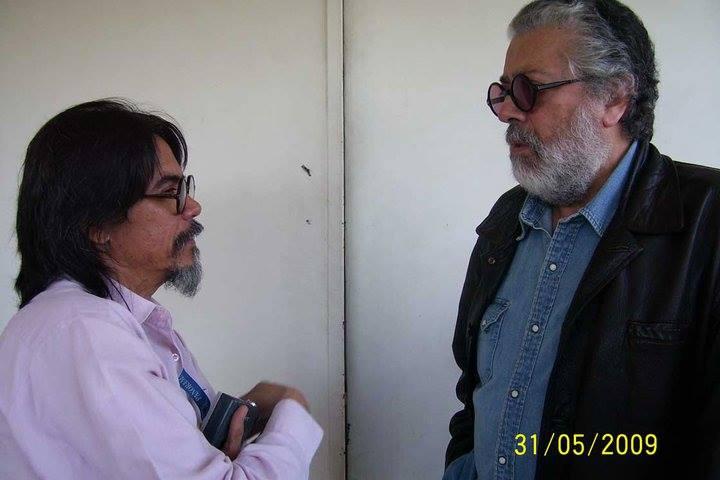 El periodista Alexis Blanco entrevista a Facundo Cabral / Foto: Archivo personal A.B