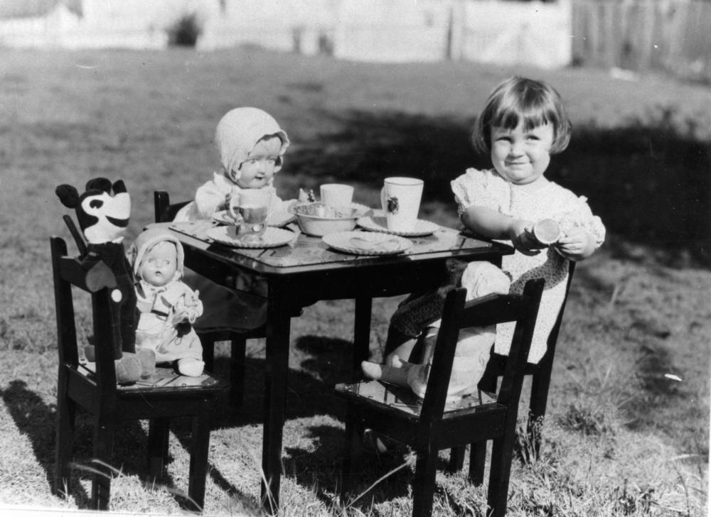 children & toys, 1930s (8)