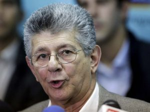Henry Ramos Allup, deputy of Venezuelan coalition of opposition parties (MUD) addresses the media during a news conference in Caracas