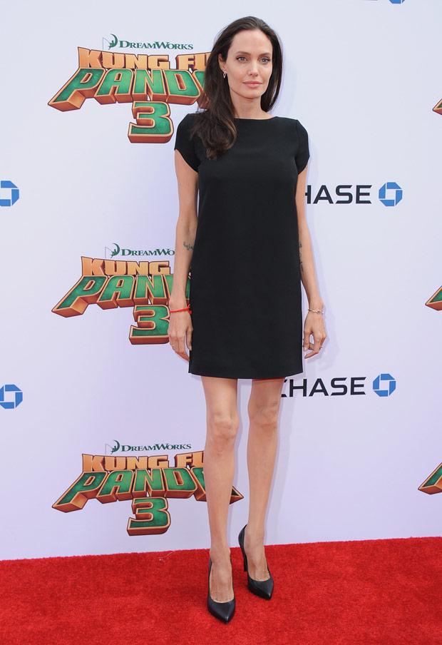 Angelina sorprendió a todos por sus piernas excesivamente delgadas