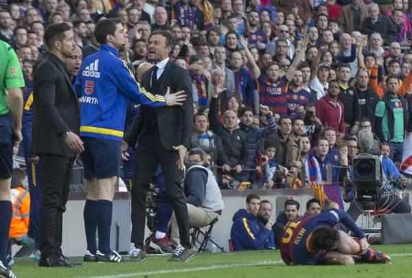 Luis Enrique protesta la entrada a Messi