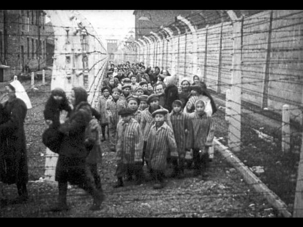 1940, el año bisiesto traía la construcción de uno de los lugares que albergaron las mayores atrocidades de la historia: el campo de concentración de Auschwitz