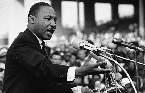 El mismo año es asesinado el pastor activista Martin Luther King