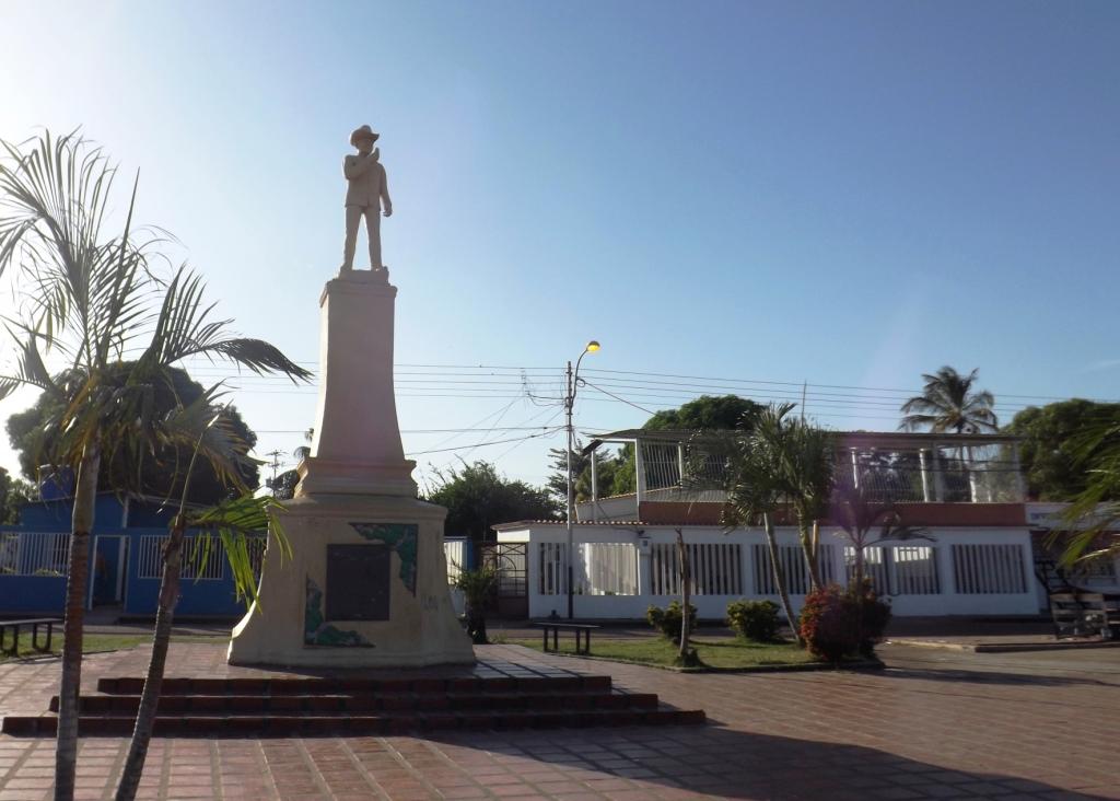 PLAZA FRANCISCO Montoya (1)