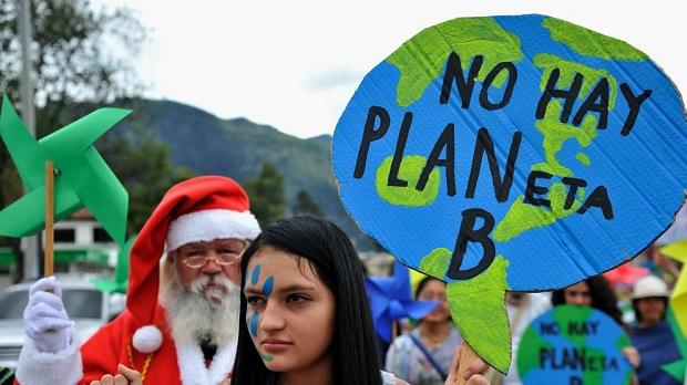 Manifestación en Bogotá, mientras se realizaba la conferencia de París (Guillermo Legaria - AFP)