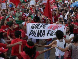 Brasileros-toman-las calles
