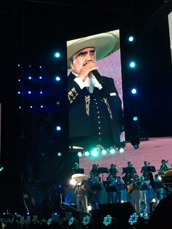 Vicente-Fernández-ultimo-concierto