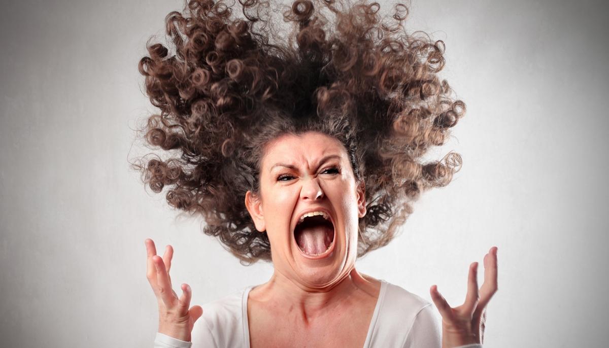 cabello-rizado-molestia