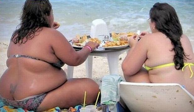 gordas-en-la-playa