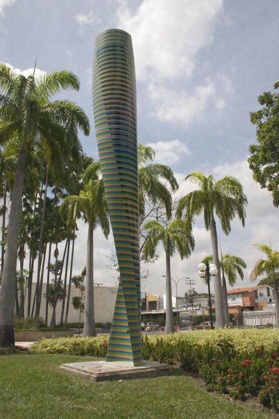 Cromovela Cruz Diez – plaza Cristóbal Mendoza, Valencia, Carabobo, Venezuela 2000