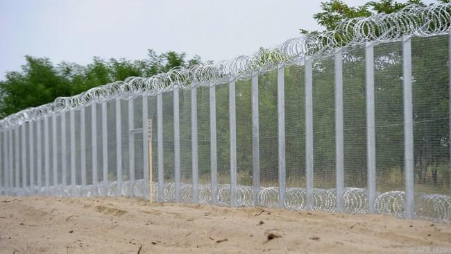 muro hungria y serbia
