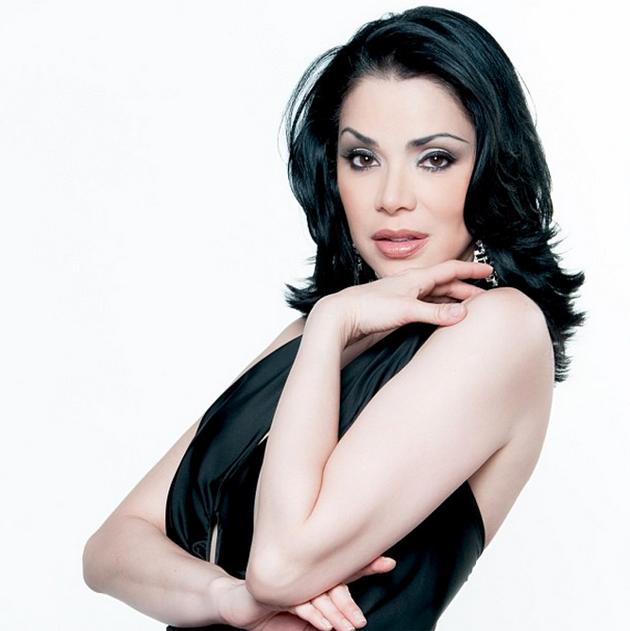 Astrid-Carolina-Herrera