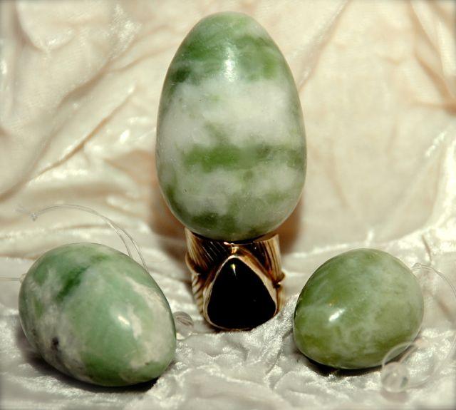 huevos de jade