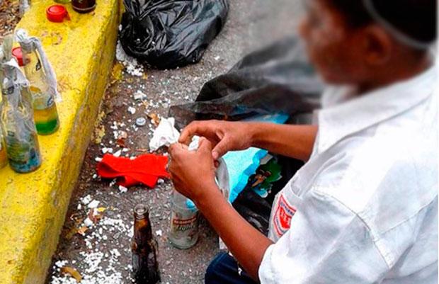 Resultado de imagen para niños con bombas molotov venezuela