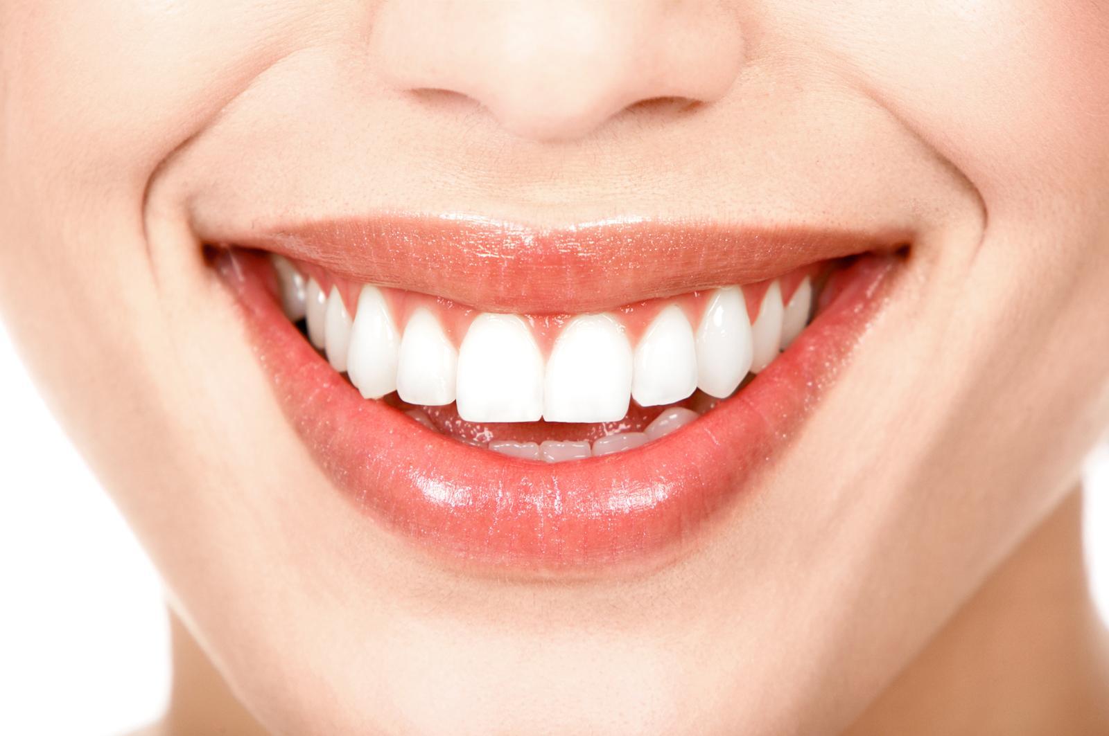 Trucos para mantener una sonrisa blanca y saludable
