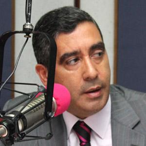 Ministro Rodråiguez Torres programa de radio