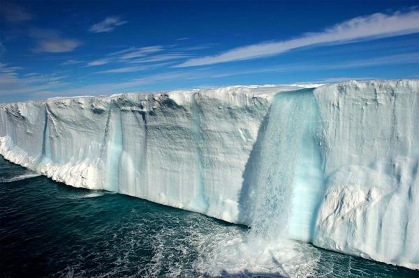 Impresionantes cascadas glaciales