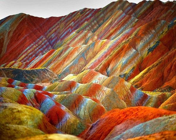 rainbow-mountains-11