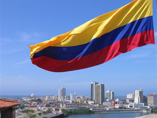 Santos apuesta a Brasil para dialogar con ELN