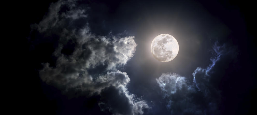 Viernes 13 y luna llena