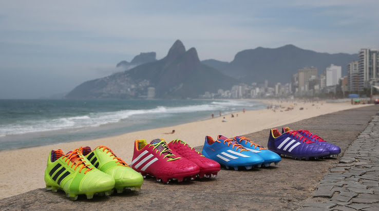 Mundial: Zapatos Adidas