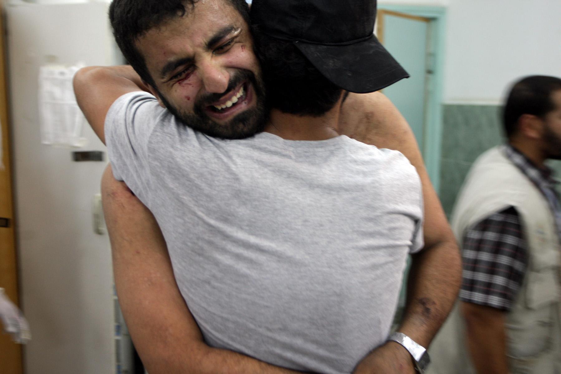 Gaza: Familiares lloran muertes