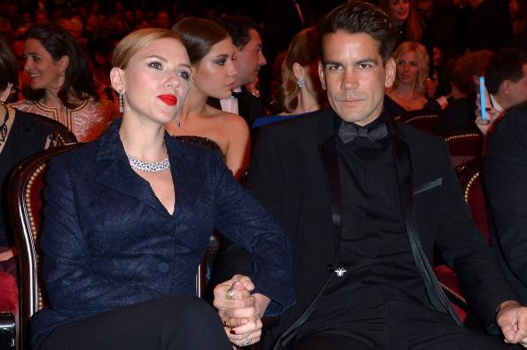 Scarlett Johansson y su novio Romain Dauriac