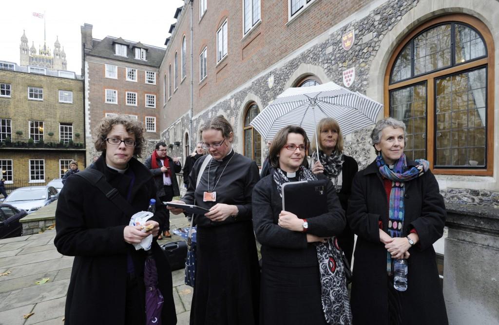 mujeres obispos