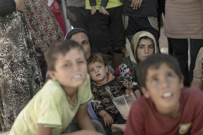 Refugiados Yazadíes en frontera Irak-Siria