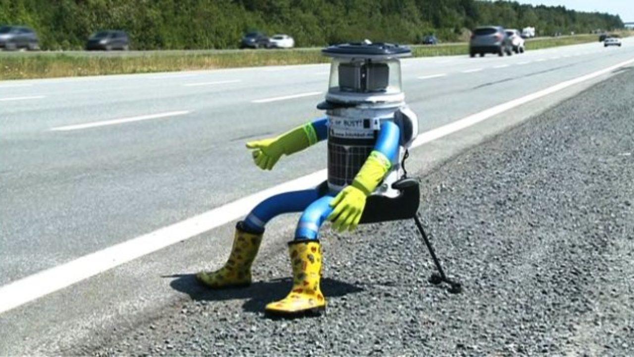 tranzacționând într- un pahar de un robot)