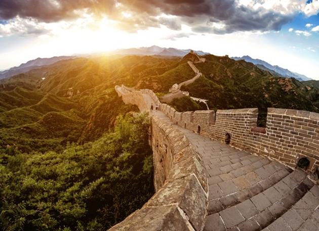 Conocer algunos kilómetros de la Gran Muralla China, con más de 8.000 km.