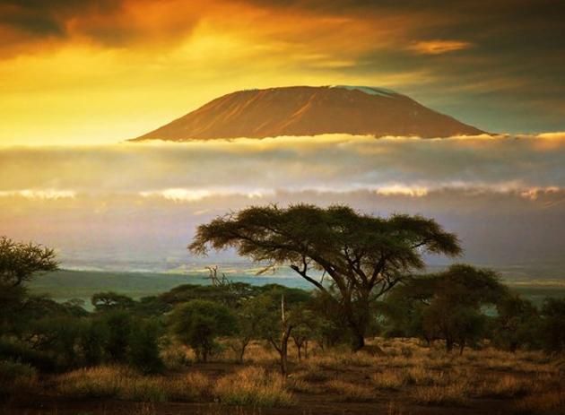 África vuelve a hacer acto de presencia en esta lista. En esta ocasión, el plan consiste en la subida al Kilimanjaro en Tanzania