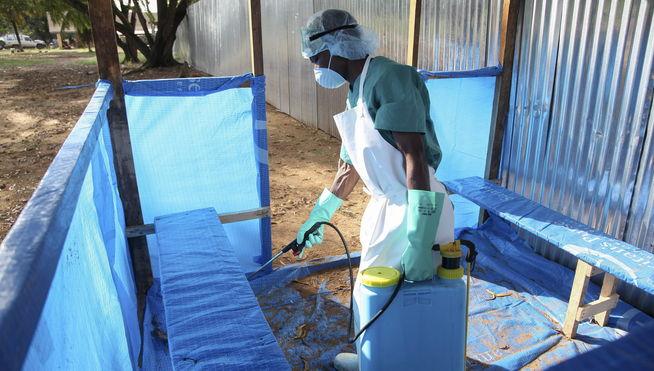 Virus del Ébola: Fumigadores