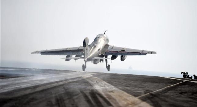F18 de la US Army despega rumbo a Irak