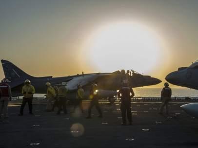 Caza estadounidense en portaviones