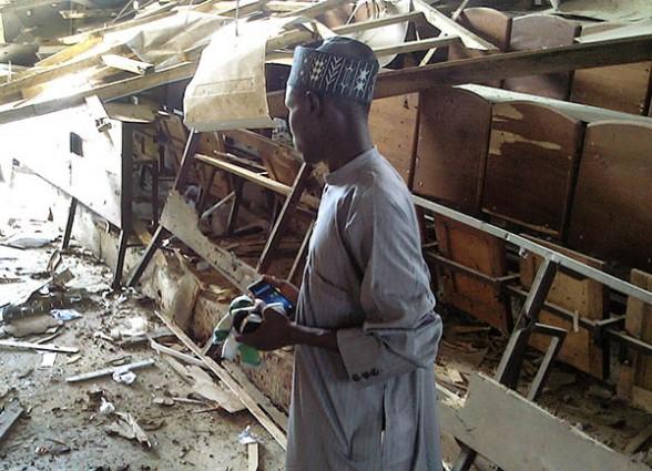 Estudiante sobreviviente aula destruida
