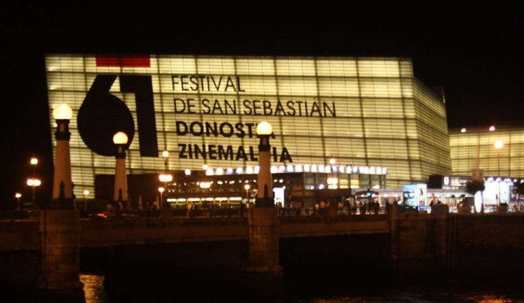 Fachada de la sede del festival de cine de San Sebastian