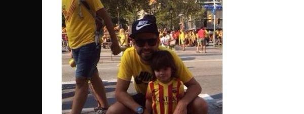 Gerard Piqué y su hijo Milán en la Diada