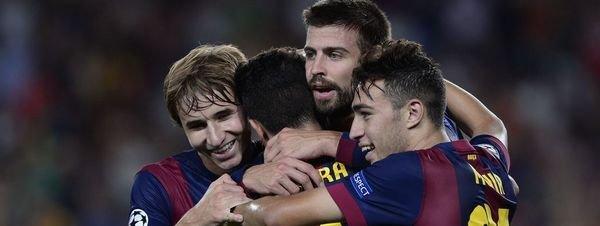 Gerard Piqué celebra un gol con el Barca