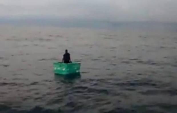 Pescador que naufraga en una cava