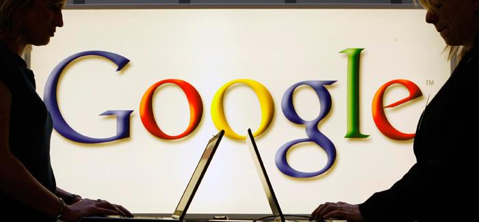 Google co usuarias a contra luz