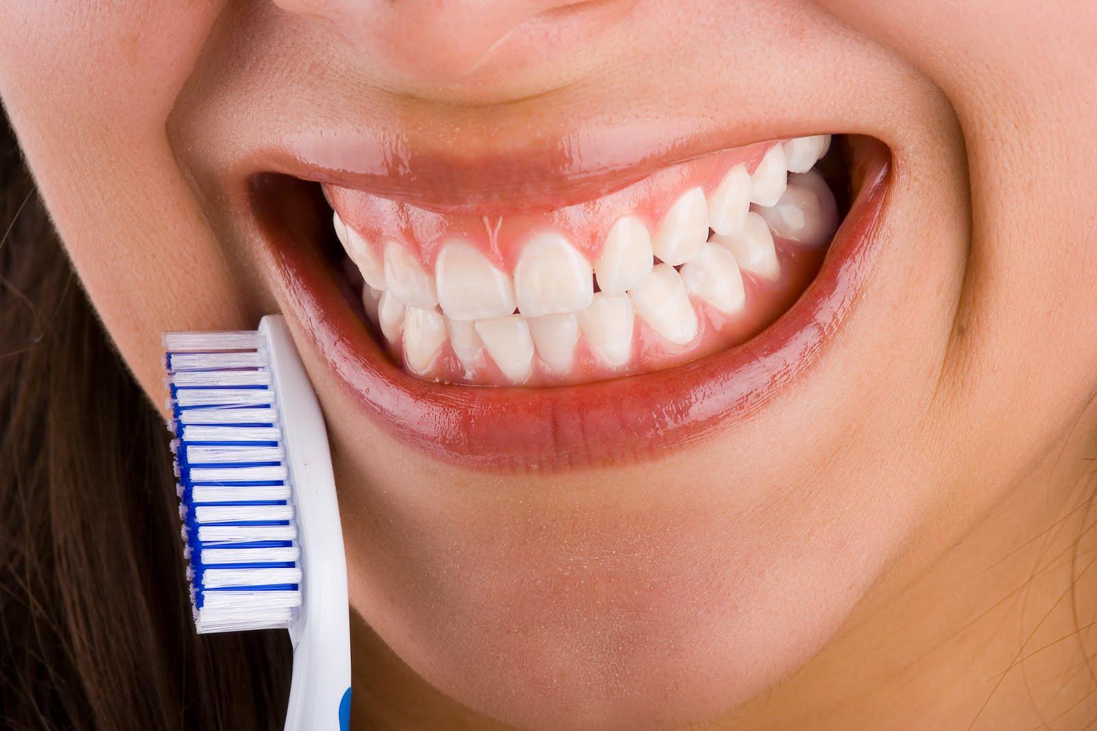 Sonrisa con cepillo dental