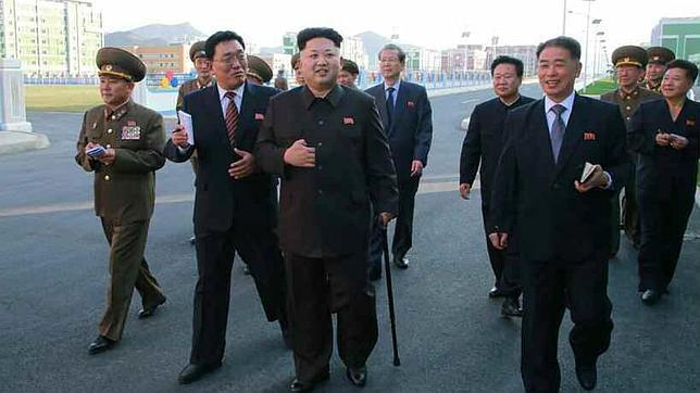 Kim Jong-un reaparece en inauguración