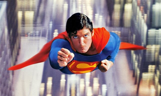 Chistopher Reeve como Superman