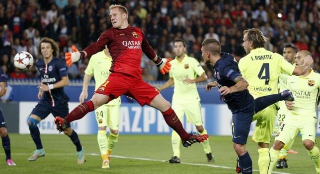 Momento en el que Verrati marca gol