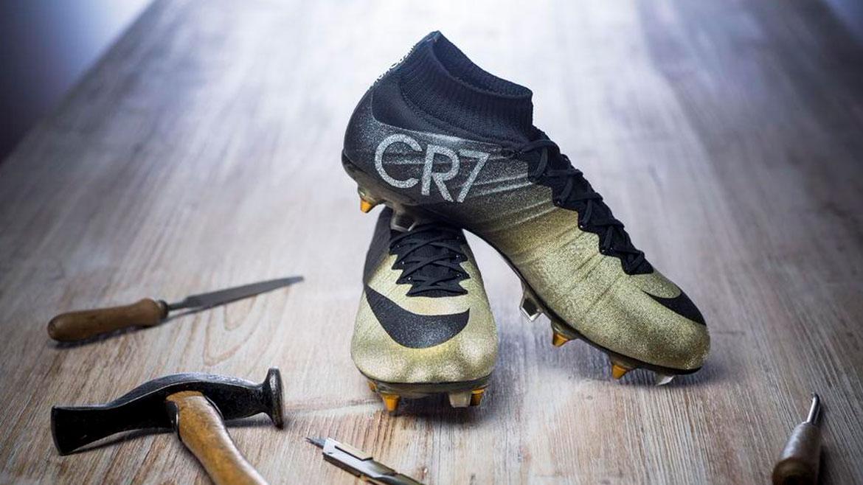 Cristiano Ronaldo Lucirá Zapatos Con Microdiamantes Incrustados Fotos